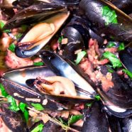 Mussels in Bacon-Mushroom Cream